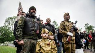 Ruský motorkářský gang Noční vlci na cestě po Evropě