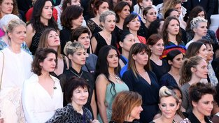 Demonstrace na podporu kampaně #MeToo na festivalu v Cannes