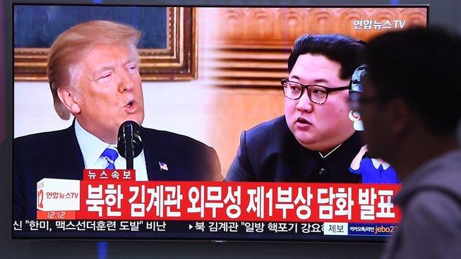Společná schůzka Donalda Trumpa s Kim Čong-Unem je ohrožena