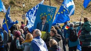 Skotové už několikrát vyjádřili nesouhlas s chystaným brexitem