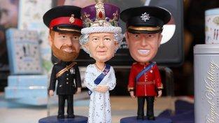 Na královské rodině se dá královsky vydělávat. O rodinách prezidentů se to říct nedá