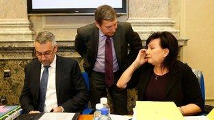 Pouze ministr průmyslu a obchodu Tomáš Hüner (uprostřed) absolvoval podnikatelskou misi při cestě do Indie