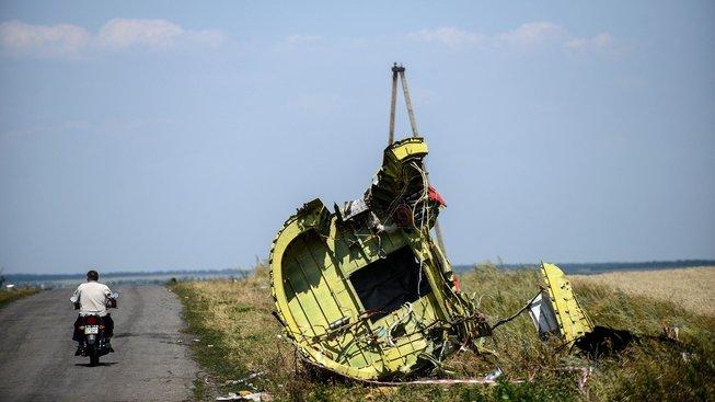 Trosky letounu krátce po nehodě