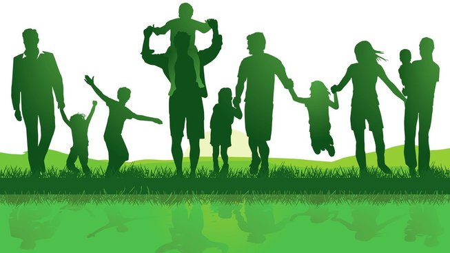Stejnopohlavní páry toužící žít v právně potvrzeném svazku a vychovávat děti mohou do prostředí, kde se bezmála polovina manželství rozpadá, přinést novou energii, zápal a nadšení pro tuhle instituci.