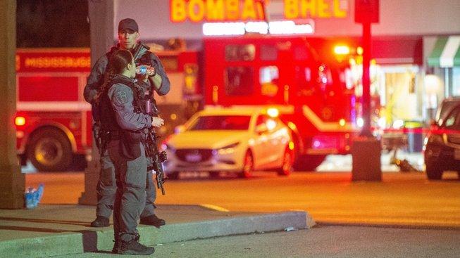 Policie hlídá místo bombového útoku na předměstí Toronta