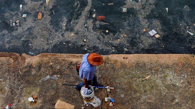 Plastový odpad je všude. Ilustrační snímek