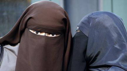 Komentář: Evropa bez burek. Zakážeme hábity muslimek?