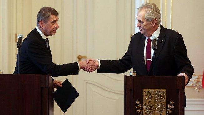 Před pěti měsíci předával Andrej Babiš prezidentovi demisi, dnes dostal další pokus sestavit vládu