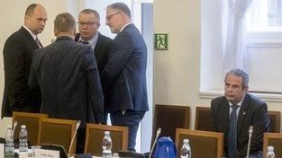 Nového šéfa GIBS po Michalu Murínovi (vpravo) výběrové řízení zatím nenašlo