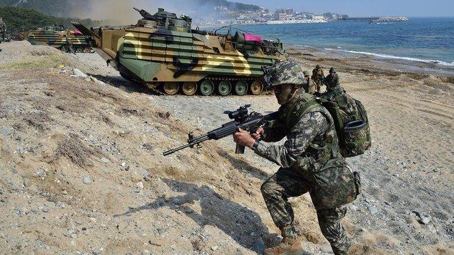Vojenská cvičení jsou dočasně zrušena