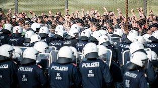 Rakouská policie cvičila ochranu hranic se Slovinskem na konce letošního června