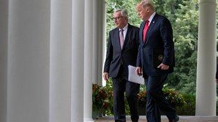 Šéf Evropské komise Jean-Claude Juncker a americký prezident Donald Trump