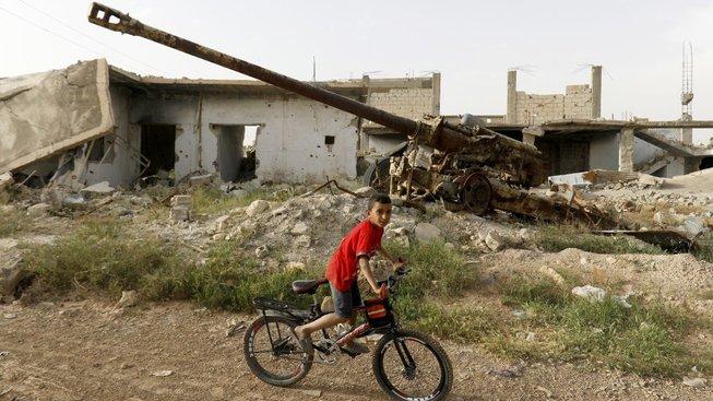 Trosky domů po bitvě o Kobani