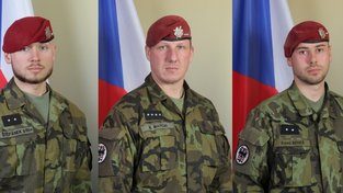 Padli v Afghánistánu: Zleva Patrik Štěpánek, Martin Marcin a Kamil Beneš