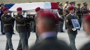 Trojice padlých vojáků bude 28. října bude vyznamenána in memoriam 28. října