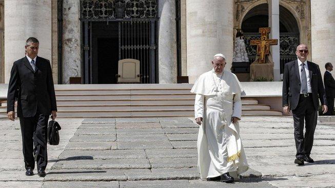 Papež František vyzval k výslechu obětí, které zneužívali kněží v Pennsylvánii