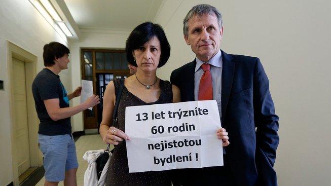 Senátor Jiří Čuněk se v kauze H-System dlouhodobě angažuje na straně poškozených klientů