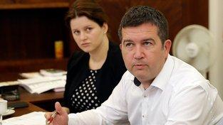 Ministryně práce Jana Maláčové a šéf ČSSD Jan Hamáček během jednání s odbory