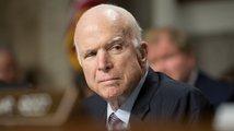 Zemřel senátor John McCain, někdejší kandidát na prezidenta USA podlehl rakovině