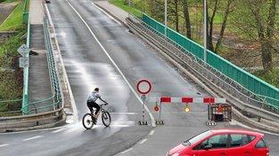 Doubský most prochází od dubna rekonstrukcí, tu již nedokončí