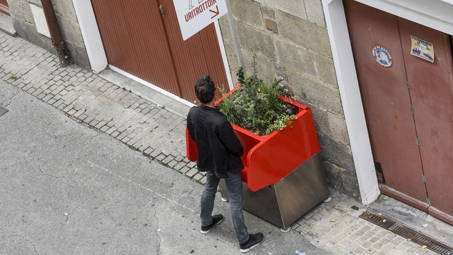 Uritrottoir ve francouzském Nantes