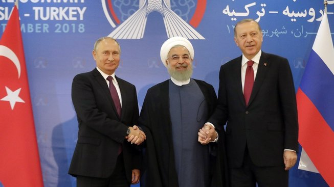 Prezidenti Ruska, Íránu a Turecka domluvili společný postup ohledně  budoucnosti Sýrie