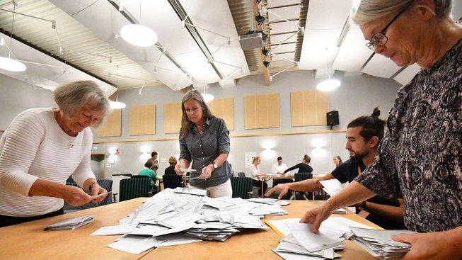 Volby ve Švédsku tentokrát vzbudily velkou pozornost