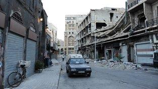 Škodovka ve starém městě v Homsu