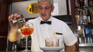 Koktejl Aperol Spritz dosáhl nečekaného úspěchu
