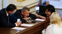 Vláda schválila 'nezodpovědný' rozpočet, Zemanovi vadí výdaje na inkluzi