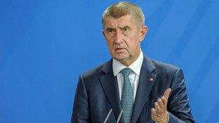 Český premiér Andrej Babiš čelí tlaku části českých politků, aby přijal padesát syrských dětí