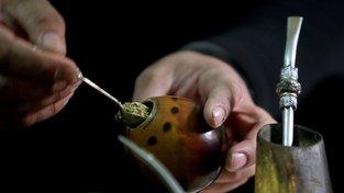 V Uruguayi, kde je marihuana legální, si lze koupit maté s konopím i v běžném supermarketu. Ilustrační snímek
