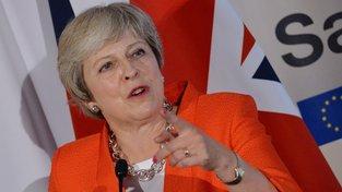 Britská premiérka Theresa Mayová během summitu v Salcburku