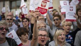 Zářijový varšavský protest proti politizaci a změnám ohledně Nejvyššího soudu