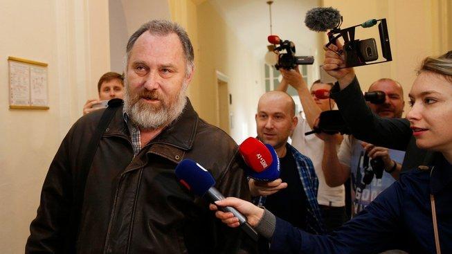 Bývalý ředitel Nemocnice na Homolce Vladimír Dbalý byl odsouzen na devět let ve vězení