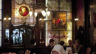Kaváren, které od 20. - 30. let minulého století nezměnily podobu, příliš není. Je proto potřeba je chránit, rozhodly úřady. Ilustrační snímek