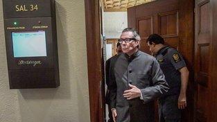 Jean-Claude Arnault u soudu.
