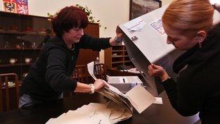 Lidé volili do obecních zastupitelstev a do třetiny senátu. Ilustrační snímek