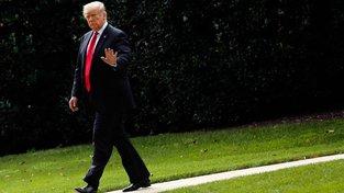 Americký prezident Donald Trump Fed tvrdě sepsul