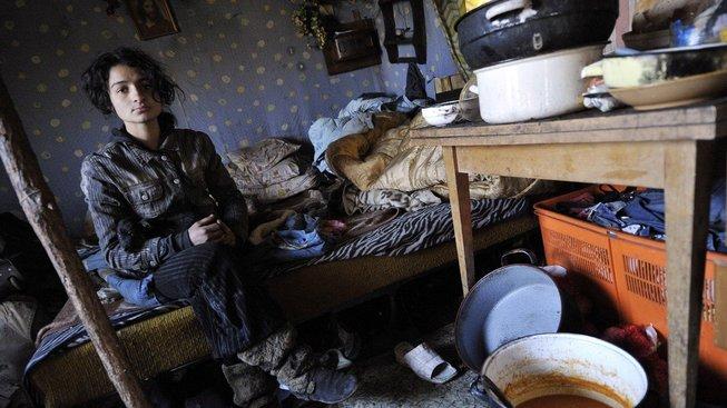 Provizorní přístřešky jsou pro lidi bez domova mnohdy lepší, než přeplněné zavšivené útulky. Ilustrační snímek