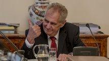Babiš považuje Zemanovy vulgarity za nevhodné, jiní politici volí tvrdší kritiku