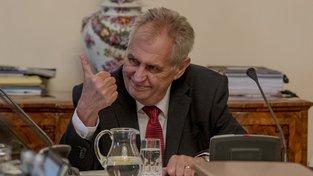 Prezident Miloš Zeman čelí kritice