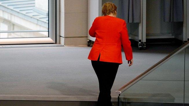 Angela Merkelová odchází. Zatím jen z funkce předsedkyně CDU.