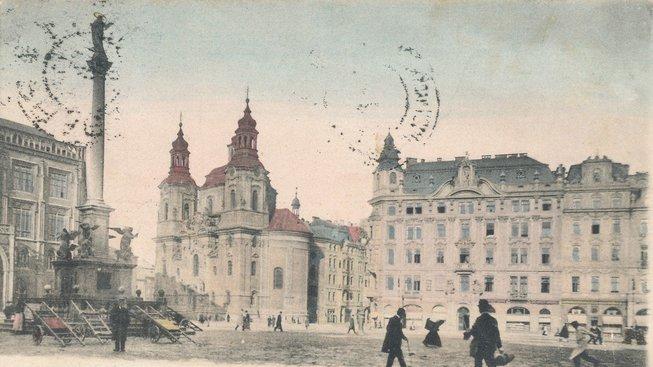 Mariánský sloup na staré pohlednici