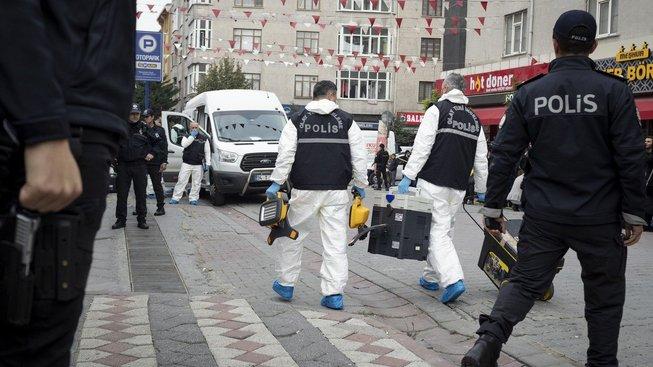 Turecká policie vyšetřuje okolnosti vraždy saúdského novináře Džamála Chášukdžího