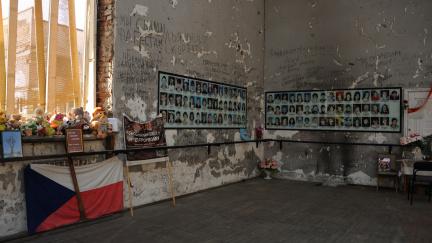 Jizva na tváři Ruska: Na oběti z Beslanu se nezapomíná ani po letech