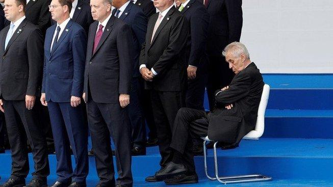 Útoky na prezidenta Zemana přes jeho zdraví nejsou žádnou vzácností, což není úplně fér.