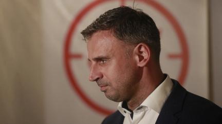 Aktualizováno: Zimola končí ve funkci prvního místopředsedy ČSSD. Útěk před zodpovědností, míní Chovanec