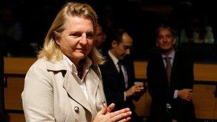 Ministryně zahraničí Karin Kneisslová na plánovanou návštěvu Moskvy nepojede.