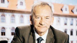Jaroslav Kubera byl zvolen předsedou Senátu.